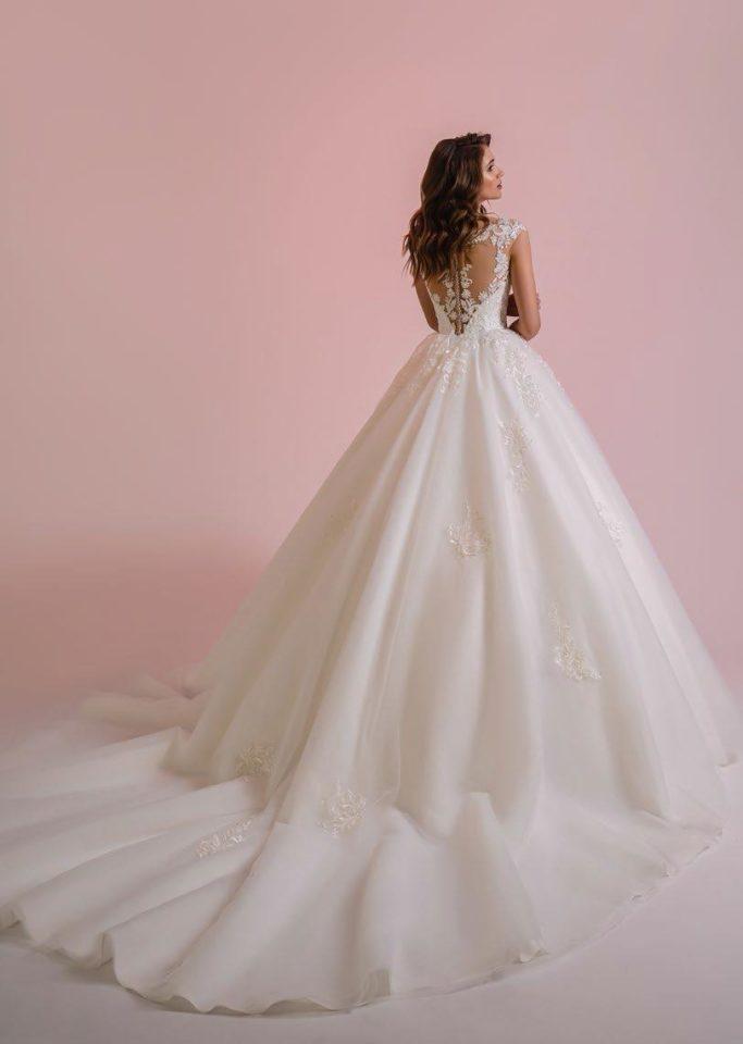 Как выбрать выпускное платье или вечерний наряд